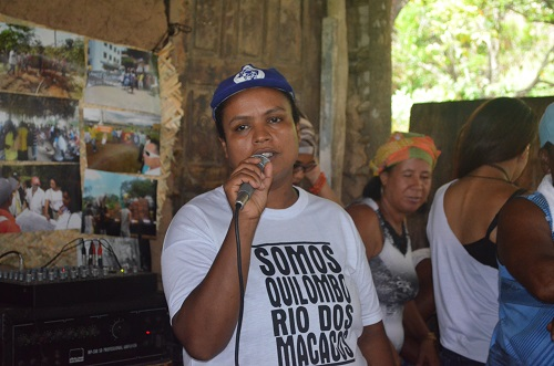 Rosemeire Messias dos Santos é uma das lideranças locais